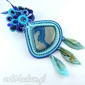Niebieski sutaszowy wisior z jęzorami z muszli - ,naszyjnik,wisior,sutasz,soutache,agat,