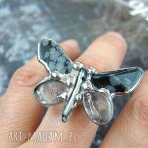 regulowany pierścionek motyl czarno - kryształowy, regulowany, motyl, kryształ