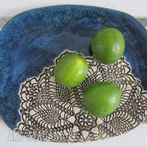 hand-made ceramika owalna patera z koronką