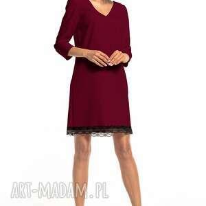 prosta sukienka z dekoltem v i koronką, t324, burgundowa, prosta, elegancka