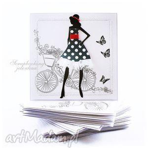 Być kobietą - kartka, kobieta, sukienka, kwiaty, rower, koronka, motyle