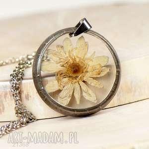 1368 naszyjnik z suszonymi kwiatami herbarium, biżuteria z żywicy - naszyjnik