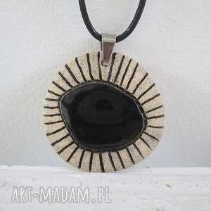 etno naszyjnik z czarnym oczkiem, ceramiczny, etniczny, czarny naszyjniki