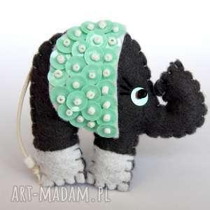 Cekinowy słoń broszka z filcu, filc, słoń, broszka, cekiny, wyjątkowy,