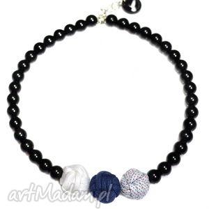 Q-lki No 7, nowoczesny, naszyjnik, korale, kulki, perły, modny