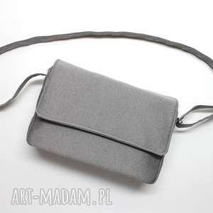 listonoszka z klapką - tkanina szary platinum, elegancka, nowoczesna, pakowna