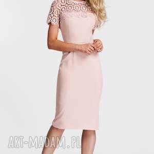 Sukienka ALISON Midi Koronka (Pastelowy Róż), koronka, dopasowana, ołówkowa