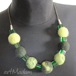 korale- zielony filc - filc, szkło, korale