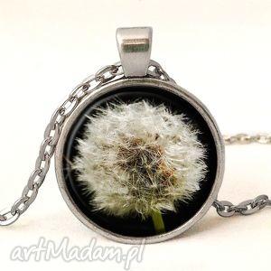 dmuchawiec - medalion z łańcuszkiem, dmuchawiec, wiosna, medalion, naszyjnik, kwiaty