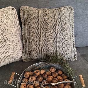 ręcznie wykonane poduszki poduszka dziergana plecionka warkoczowa