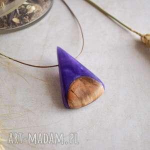 wisiorki ailla - elegancki wisior w perłowo-fioletowym odcieniu