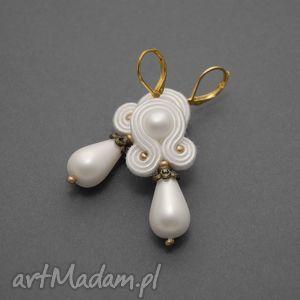białe kolczyki sutasz, soutache, sznurek, ślubne, eleganckie, małe, perełki