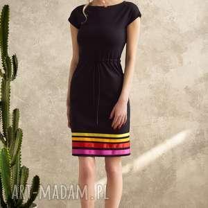 Sukienka w pasy Warm , sukienka, uniwersalna, czarna, wygodna, paski, midi