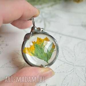 żółty kwiat - naszyjnik z kwiatem w szkle, kwiatem, wisior