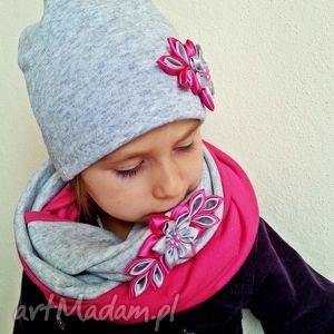 bukiet-pasji kompet dla dziewczynki czapka z szalikiem, kominy czapki