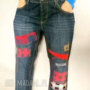 ręcznie zrobione spodnie jeansy podszywane patchworkowo kolorowe boho