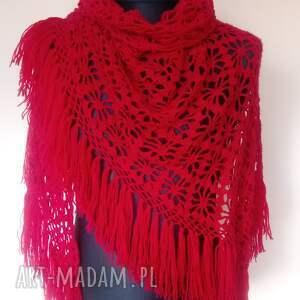 duża czerwona chusta z frędzlami, chusta, szal