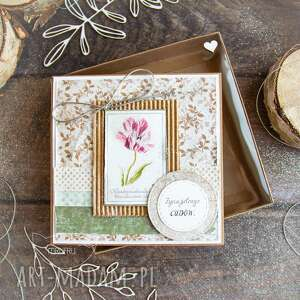 ręcznie robione scrapbooking kartki naturalna kartka w pudełeczku z efektem szklanej