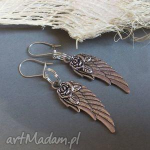 skrzydlate ii, skrzydło, skrzydła, pióro, metal, srebro kolczyki, unikalny prezent