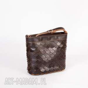 handmade mini torebka łuska mała brąz