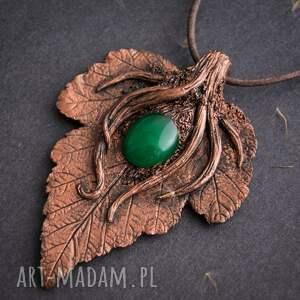 Wisior dla miłośników natury z zielonym jadeitem, liść, natura, polymerclay, wisior