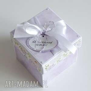 handmade scrapbooking kartki pudełko - niespodzianka - na ślub