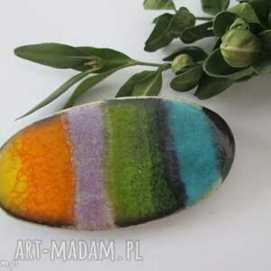 broszka pełna kolorów, ceramiczna, zapinana, kolorowa