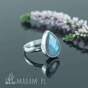 pierścionek z fasetowanym labradorytem (srebrny pierścionek, z)