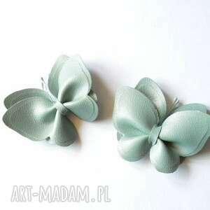 handmade ozdoby do butów spinki motylki