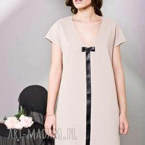 kasia miciak design kaszmirowa sukienka oversize, sweet, kokardka, kobieca, wyjątkowa