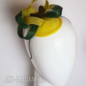 wiosenny motyl, fascynator, olwika, zielony, sinamay, motyl