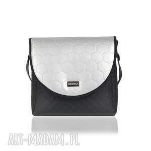 na ramię torebka z wymiennymi klapkami puro classic 2569 silver honeycomb