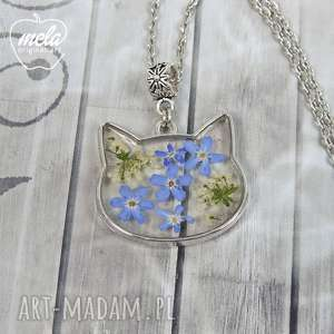 handmade wisiorki 0634~mela~ wisiorek kot żywica i niezapominajki