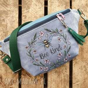 nerki nerka xxl bee kind, nerkazhaftem, pszczoła, kwiaty, romantyczna, torebka