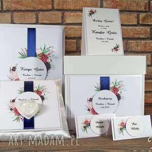 Księga gości weselnych, pudełko na koperty, poduszka obrączki