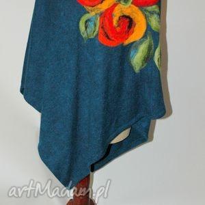 Poncho tunika i kwiat magicznego ogrodnika ruda klara