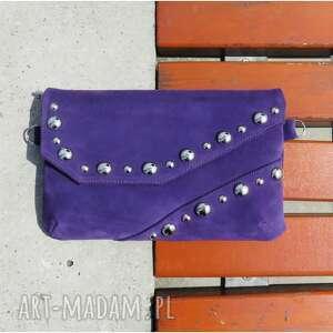 handmade mini kopertówka zamszowa z biglami fioletowa
