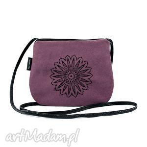 ręcznie zrobione mini mała wyszywana torebka damska wrzosowa z czarnym haftem