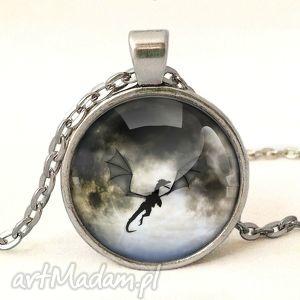 smok - medalion z łańcuszkiem - księżyc, naszyjnik