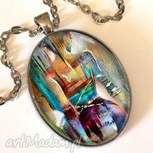 Kobiece piękno - Owalny medalion z łańcuszkiem, owal, medalion, naszyjnik, kobiece