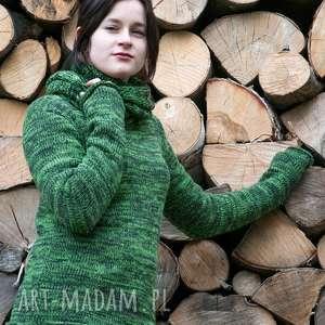 zielony melanżowy sweter z kominem, sweter, komin, wełna
