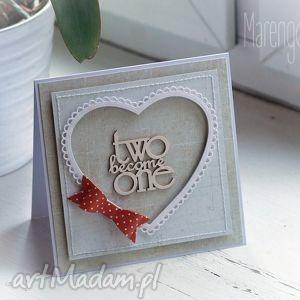 ręczne wykonanie scrapbooking kartki kartka ślubna z czerwoną kokardą