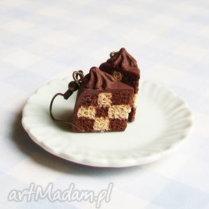 pomysł na świąteczne prezenty Kolczyki torty w kratę czekoladowe 2, kolczyki,
