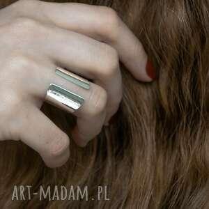 srebrny otwarty pierścionek, surowy, srebro, minimalistyczny, prosty, otwarty