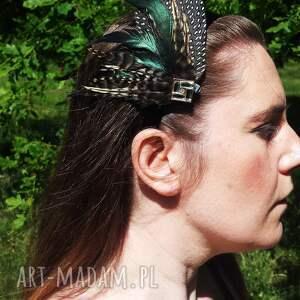 Fascynator z piór ,,Zielona elegancja , fascynator, broszka, spinka, pióra, boho