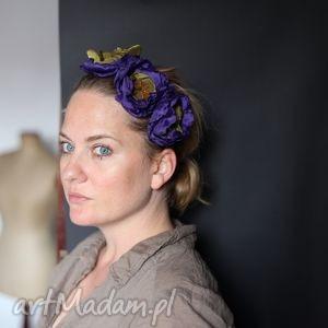 handmade ozdoby do włosów siedza świtezianki, baby lepią, plotą wianki