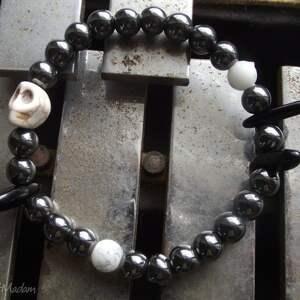 bransoletki czaki bransoletka czaszka koraliki hematyt rockowa czarna biała
