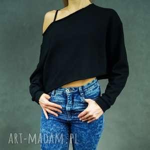 Krótka bluza dresowa czarna opadająca na ramiona Slant Black, krótka, skośna,