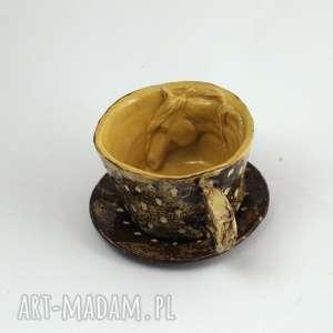 ceramika ceramiczna filiżanka kubek z figurką konia miodowo-brązowa przetarcia
