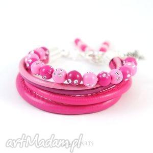 bransoletka - różowe koraliki rzemienie i koraliki, bransoletka
